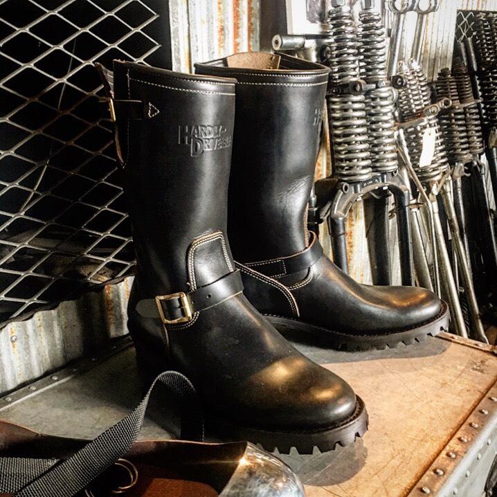 画像1: HARDLY-DRIVEABLE 40's style engineer boots